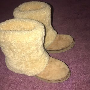 UGG Fold-over Boots, Size 8